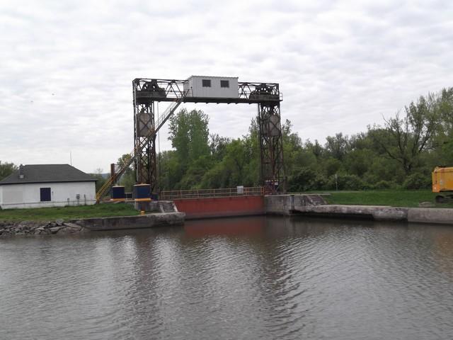 Erie-Canal3al00064