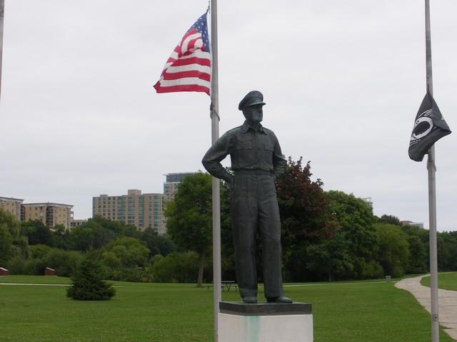 Milwaukee00306