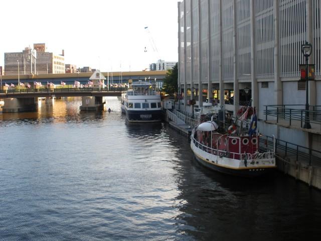Milwaukee00358