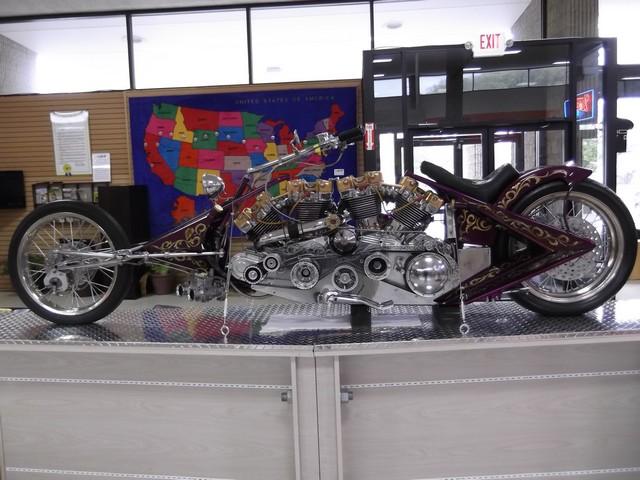 Motorcyclepedia05091400001