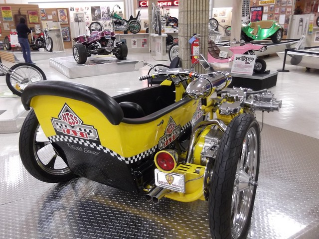 Motorcyclepedia05091400004