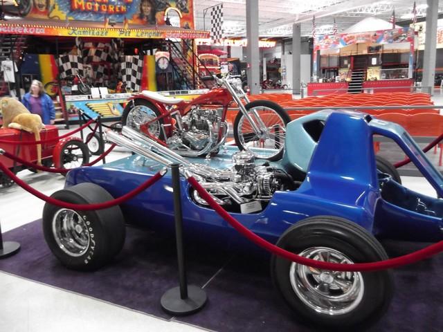 Motorcyclepedia05091400013