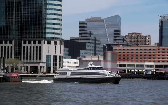 NY_Waterway_Ferry_050714