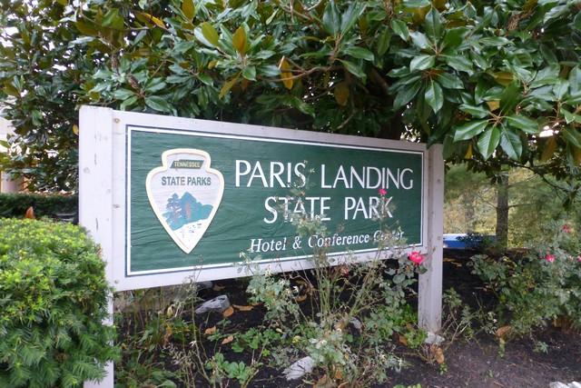 ParisLanding00009