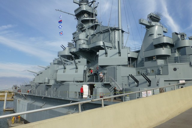 USS_Alabama00031